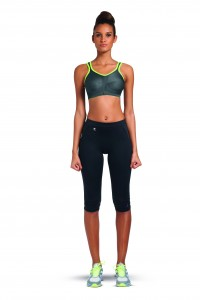 FREYA-ACTIVE-CHARCOAL-SOFT-CUP-SPORTS-BRA-4391-PERFORMANCE-CAPRI-PANT-4005