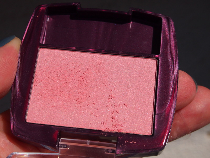 Check the fallout on this blush!