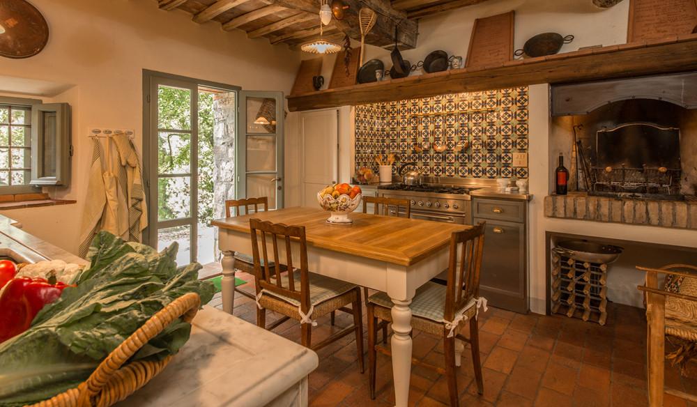 Passo Sole kitchen