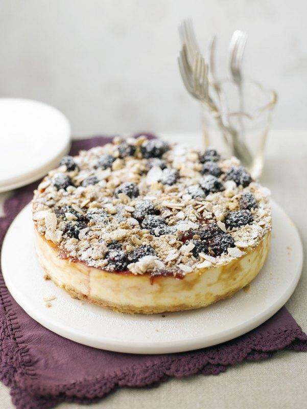 122 Berry Crumble Cheesecake HR