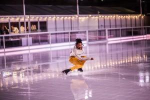 Skating figure