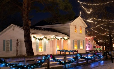christmas-house-554728_1920