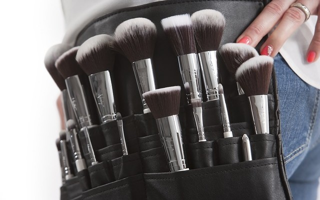 makeup-brushes-824708_640